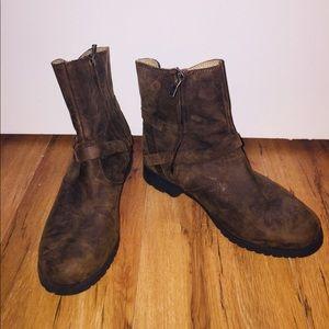 Teva Distressed Boots